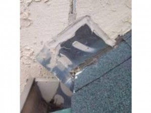 stucco inspections in Dallas - showing a kickout in the flashing
